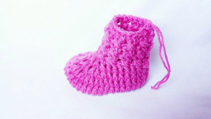 crochet baby booties pattern step by step
