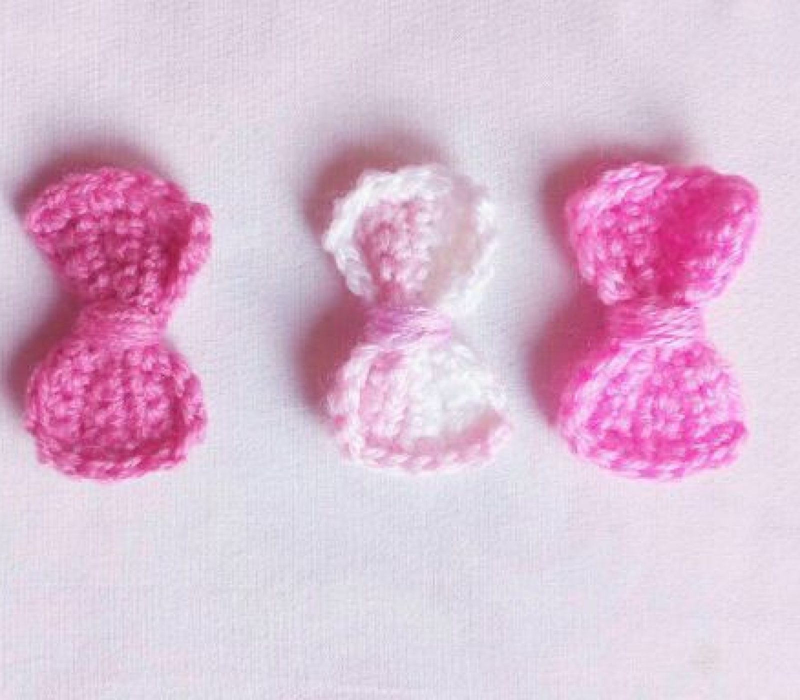 Crochet Bows Free Pattern – Embellish Any Of Your Designs!