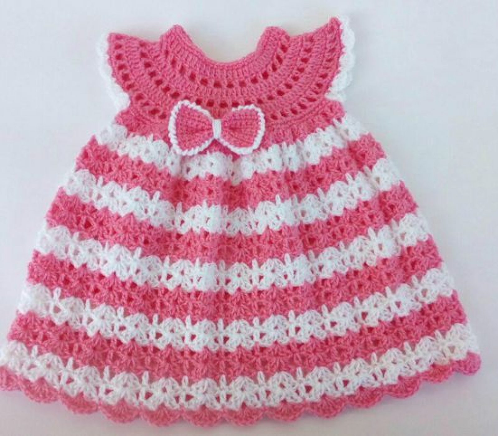 The Pink Crochet Baby Dress – Free Pattern for Cute Baby Girls!\