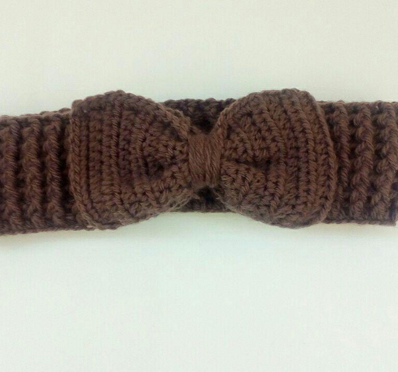 Crochet Headband Pattern Free – Cute Bow Ear Warmer!