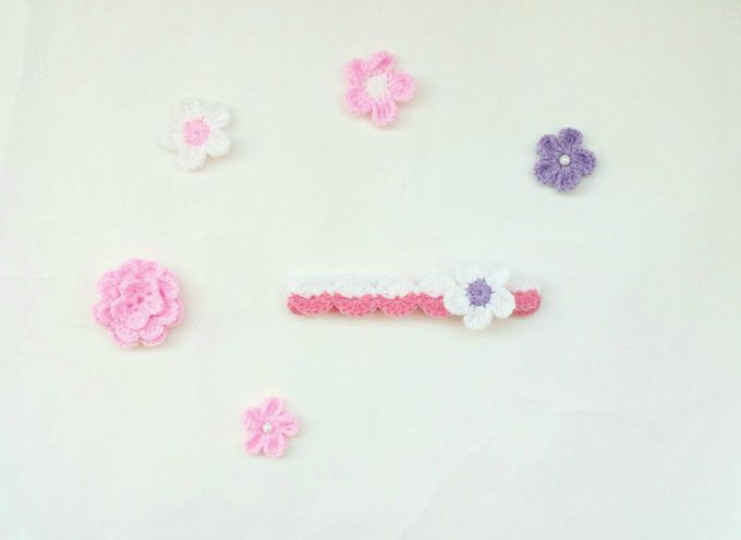 crochet baby headband with flower