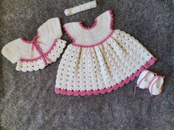 The white crochet baby dress outfit