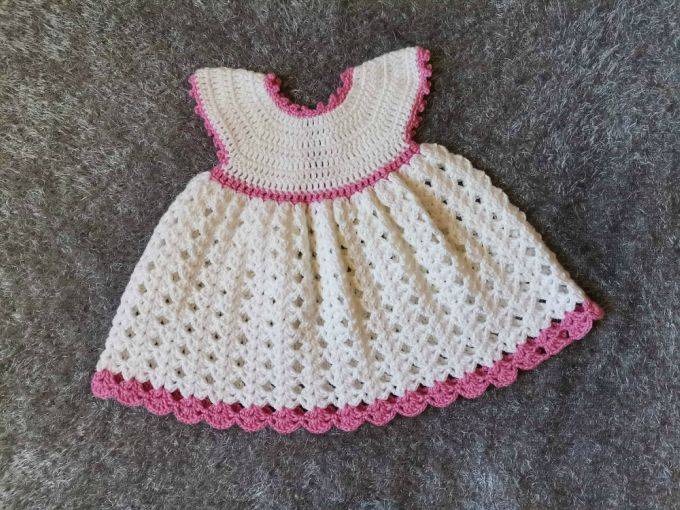 The white princess crochet baby dress pattern