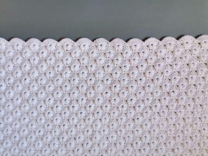 crochet white blanket with border